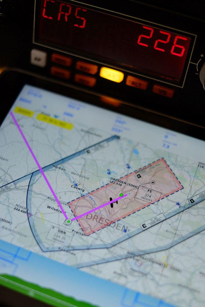 Cet outil peut connecter votre simulateur de vol (FSX, P3D ou P3DV4) à Fore Flight * Garmin Pilot * WingX Pro * SkyDemon * Aerovie FlyQ * Flight Planner * AvPlan EFB * AirMate * ou OzRunways.